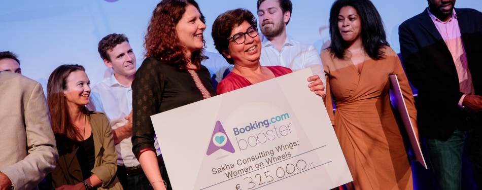 Booking.com beloont start-ups in duurzaam toerisme<